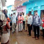 महोबा: जैतपुर गाँव में पुलिस प्रशासन द्वारा घर में घुसकर गुंडागर्दी का लगा आरोप