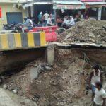 Roads stuck on roads, people's lives in danger