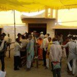 in-varanasi-gathering-crowd-for-withdrawal-of-nomination